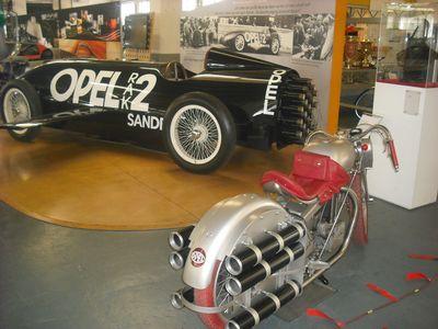 Pionierzeit: Opel Rak 2 und Motoclub mit Feststoffraketen-Antrieb