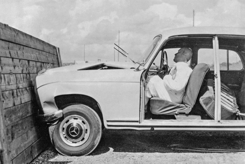 Im Rückspiegel: Vor 50 Jahren führte Mercedes-Benz die ...